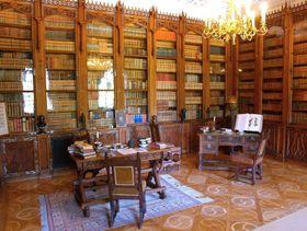 Bibliothek (Foto: Archiv der staatlichen Denkmalschutzbehörde)