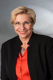 Petra Ernstberger (Foto: AG Gymnasium Melle, Wikimedia CC BY-SA 4.0)