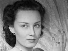Лида Баарова