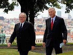 Jean-Jacques Dordain y Mirek Topolánek(Foto: CTK)