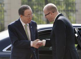 Ban Ki-Moon y Bohuslav Sobotka, foto: ČTK