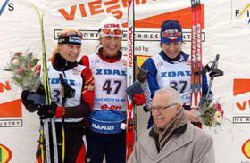 Немка Кинцл, итальянка Паруци, Катержина Нойманнова и президент Вацлав Клаус (Фото: ЧТК)
