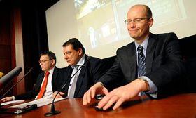 Lubomír Zaorálek, Jiří Paroubek aBohuslav Sobotka, foto: ČTK
