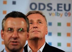 Jan Zahradil (vlevo) aMirek Topolánek, foto: ČTK