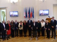 Doce diplomáticos galadronados por el ministro de RR.EE. de la RCh , foto: Klára Stejskalová