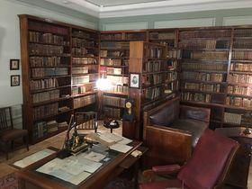 Музей-квартира на Мойке, 12, Санкт-Петербург. Кабинет, в котором скончался А. С. Пушкин, фото: Катерина Айзпурвит