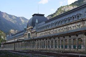 La gare à Canfranc, photo: Marc Celeiro i Escribà, CC BY-SA 4.0 International