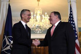 генсек НАТО Йенс Столтенберг и госсекретарь США Майк Помпео, фото: ЧТК/AP/Sait Serkan Gurbuz