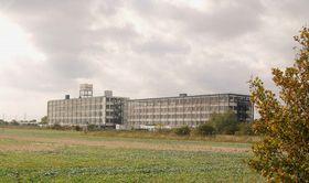 Bata Shoes factory, East Tilbury, Thurrock, England. Built in 1932 by Tomáš Baťa, photo: John Winfield / CC BY-SA 2.0