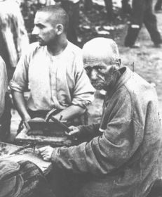 Prisoners in Dahau