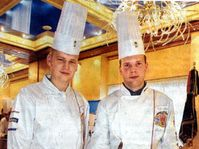 Czech chefs with the Dalis's clocks made of chocolate, photo: Martin Mraz, MFDnes, 13.10.2004