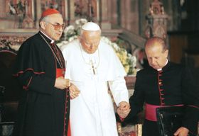Miloslav Vlk, Pope John Paul II, photo: CTK