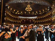 Foto: Ples v opeře