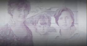 Олег Сенцов (среди) и его сестра Галия с матерью, фото: копия «Процесс» Аскольд Куров