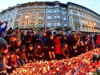 Las manifestaciones del 17 de noviembre en Praga, Národní třída, foto: ČTK