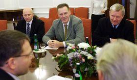 Серге Скребец, Владимир Парфенович и Валерий Фролов в Праге (Фото: ЧТК)