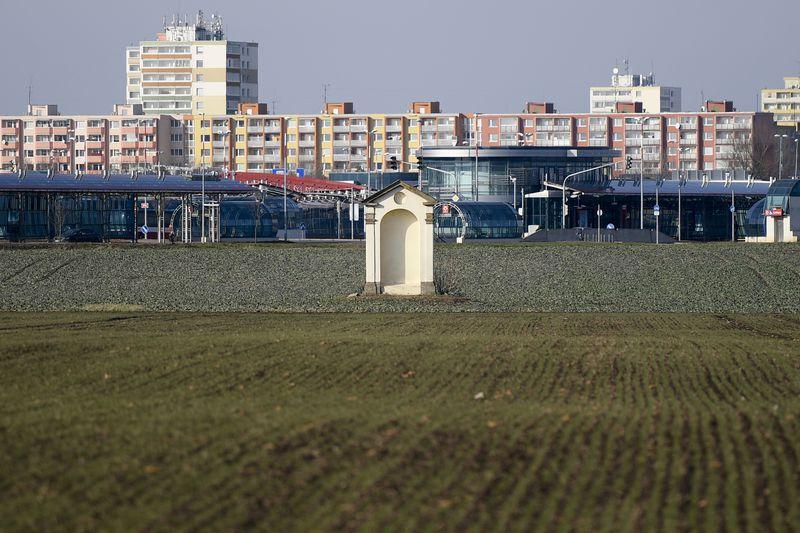 Část Letňan, kde by měla vzniknout nová vládní čtvrť, foto: ČTK / Ondřej Deml