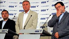 Zleva: Petr Tluchoř, Mirek Topolánek aAlexandr Vondra, foto: ČTK