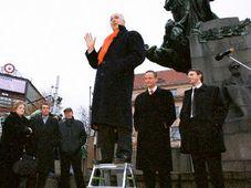 Denis MacShane Palacky inaugurated Speaker's Corner on Palacky Square, photo: CTK