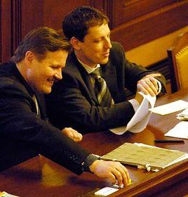 Stanislav Gross (a la derecha) y Zdenek Skromach (Foto: CTK)