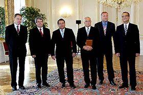 Prezident Václav Klaus (třetí zprava) apředsedové parlamentních stran, foto: ČTK