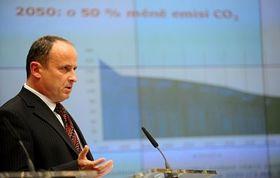 Wirtschaftsminister Vladimír Tošovský (Foto: ČTK)