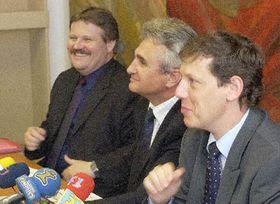 Станислав Гросс - направо (Фото: ЧТК)