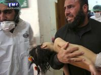 Victim of a suspected chemical attack in Idlib province, Syria, photo: CTK