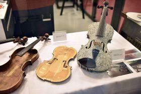 Выставка «Знаменитые скрипки на радиоволнах», Фото: Филип Яндоурек, Чешское радио
