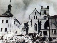 Монастырь Эмаузы после бомбардировки