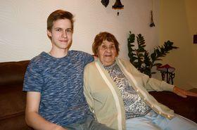 Matěj Bílek et son arrière-grand-mère, Margita Tynková, photo: Eva Turečková
