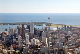 Toronto, photo: Taxiarchos228, CC BY-SA 3.0