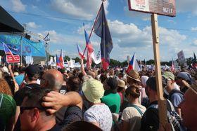 Anti-government protest on Letná plain, Prague, June 2019, photo: Martina Schneibergová