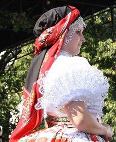 Рукава у моравского национального костюма незамужней женщины, Фото:Atillak, CC BY-SA 3.0