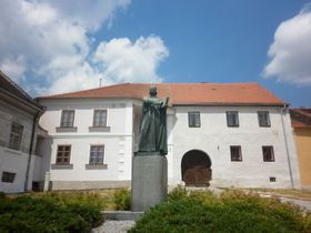 El monumento a Juan Hus en la aldea natal de Juan Hus, Husinec, foto: Zdeňka Kuchyňová