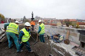 Reconstrucción del Puente de Carlos (Foto: CTK)