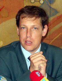Станислав Гросс