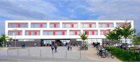 Gymnasium Lappersdorf (Foto: Offizielle Webseite des Gymnasiums)