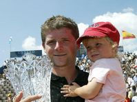 Jiri Novak and his daughter, photo: CTK
