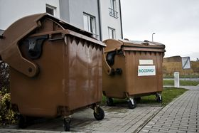Separating biodegradable waste is becoming increasingly common in Czech cities, photo: Vít Pohanka