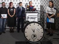 Le Parti pirate avec près de 14% des voix, va recevoir environ 10 millions de couronnes, photo: ČTK / David Taneček