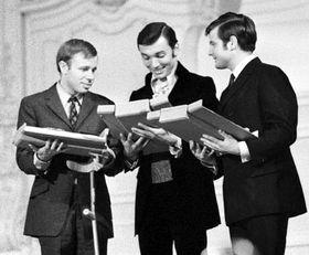 Jaromir Klempir, Karel Gott (en el medio) y Ladislav Staidl, 1968 (Foto: CTK)