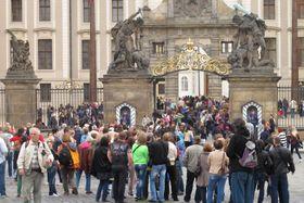 Tourists at Prague Castle, photo: Kristýna Maková