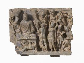 Töchter Maras versuchen Buddha (Foto: Archiv der Nationalgalerie in Prag / Museums Rietberg Zürich)