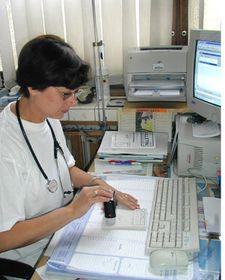 MUDr. Alexandra Horáková ve své ordinaci