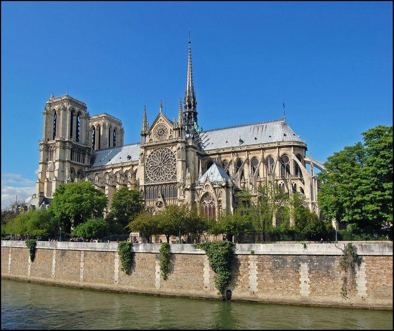Cathédrale Notre-Dame de Paris en 2009, photo: Zuffe, CC BY-SA 3.0