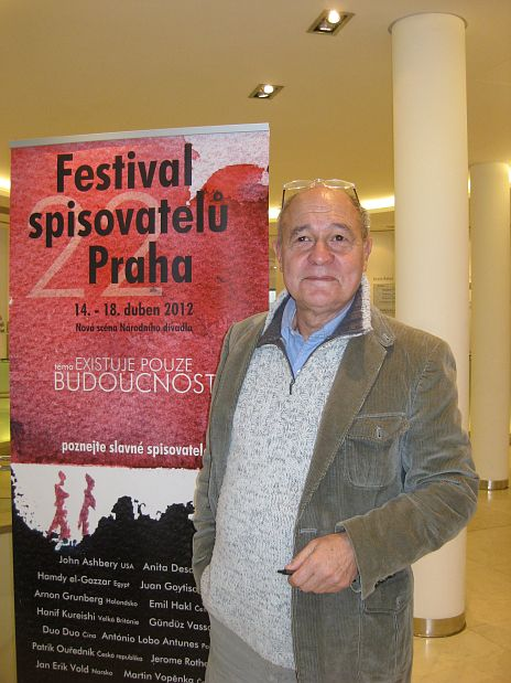 Writer and psychologist Gündüz Vassaf on totalitarianism, modern