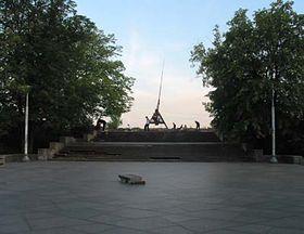 Současný pohled na místo, kde stával Stalinův pomník