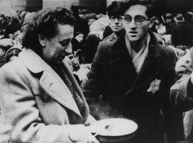 """Una película documental sobre la """"agradable vida"""" en Terezín, foto: Archivo Nacional de Cinematografía de la República Checa"""