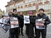 Members of anti-communist initiatives gathered at Prague's Old Town Square, February 22 2013, photo: CTK